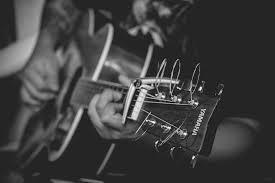 Música relajante étnica 6 imagen de guitarrista